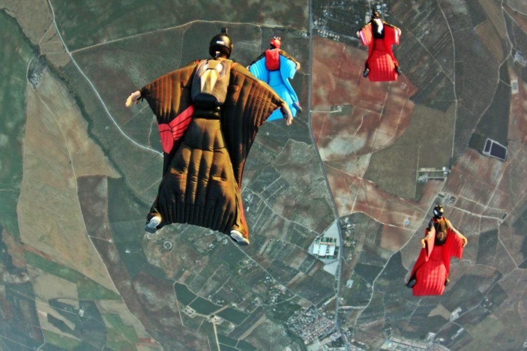 wingsuit formation