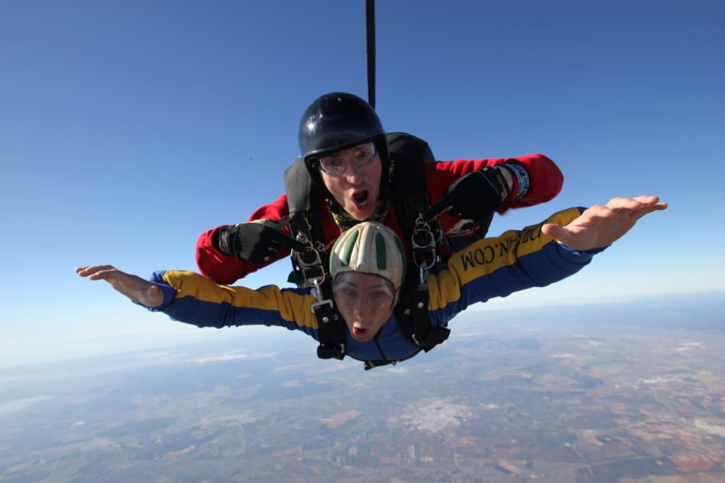 Tandem 6 reasons to go skydiving